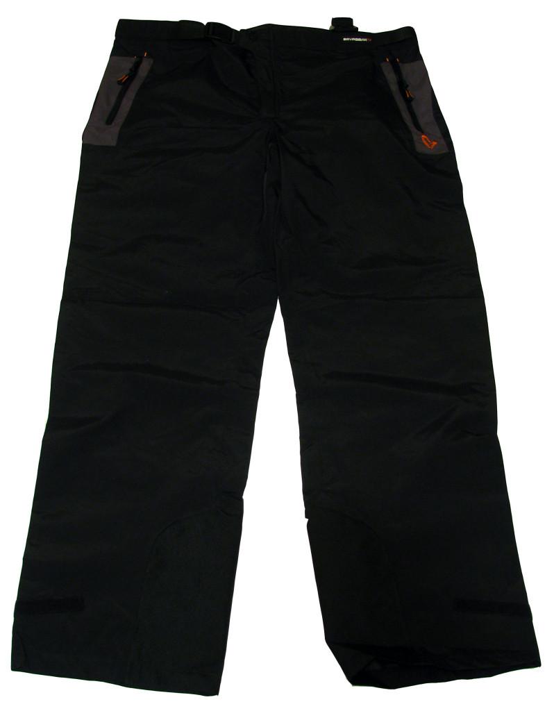 Spodnie również oddychające w wersji bez szelek.