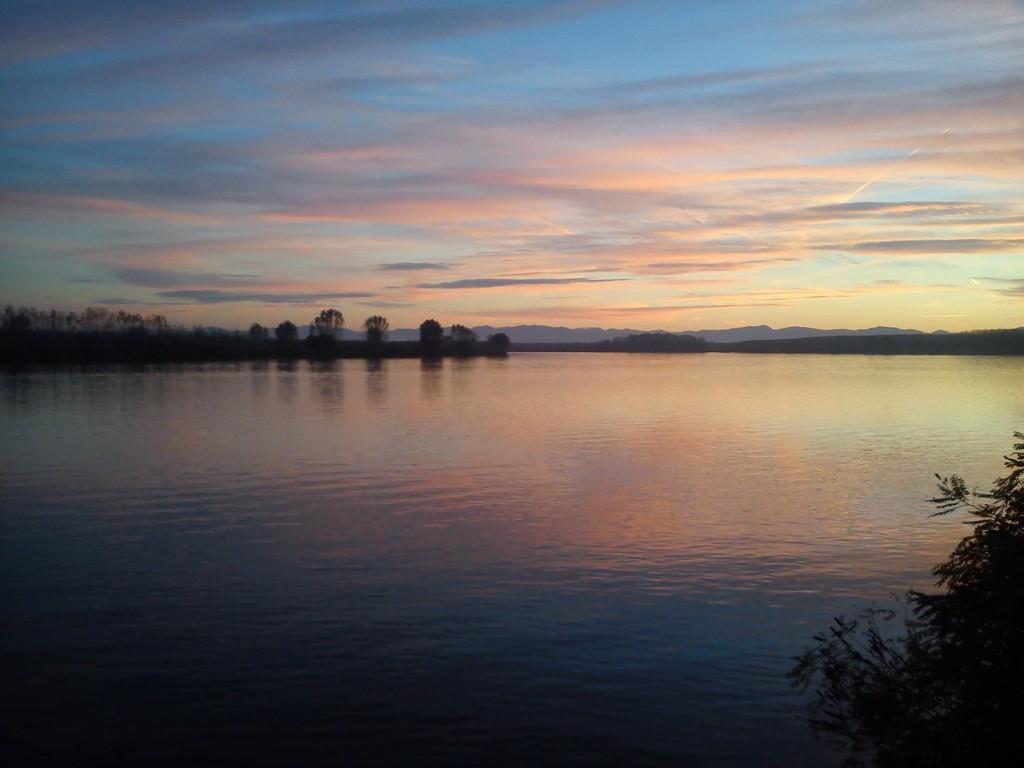 Zachód słońca i relax
