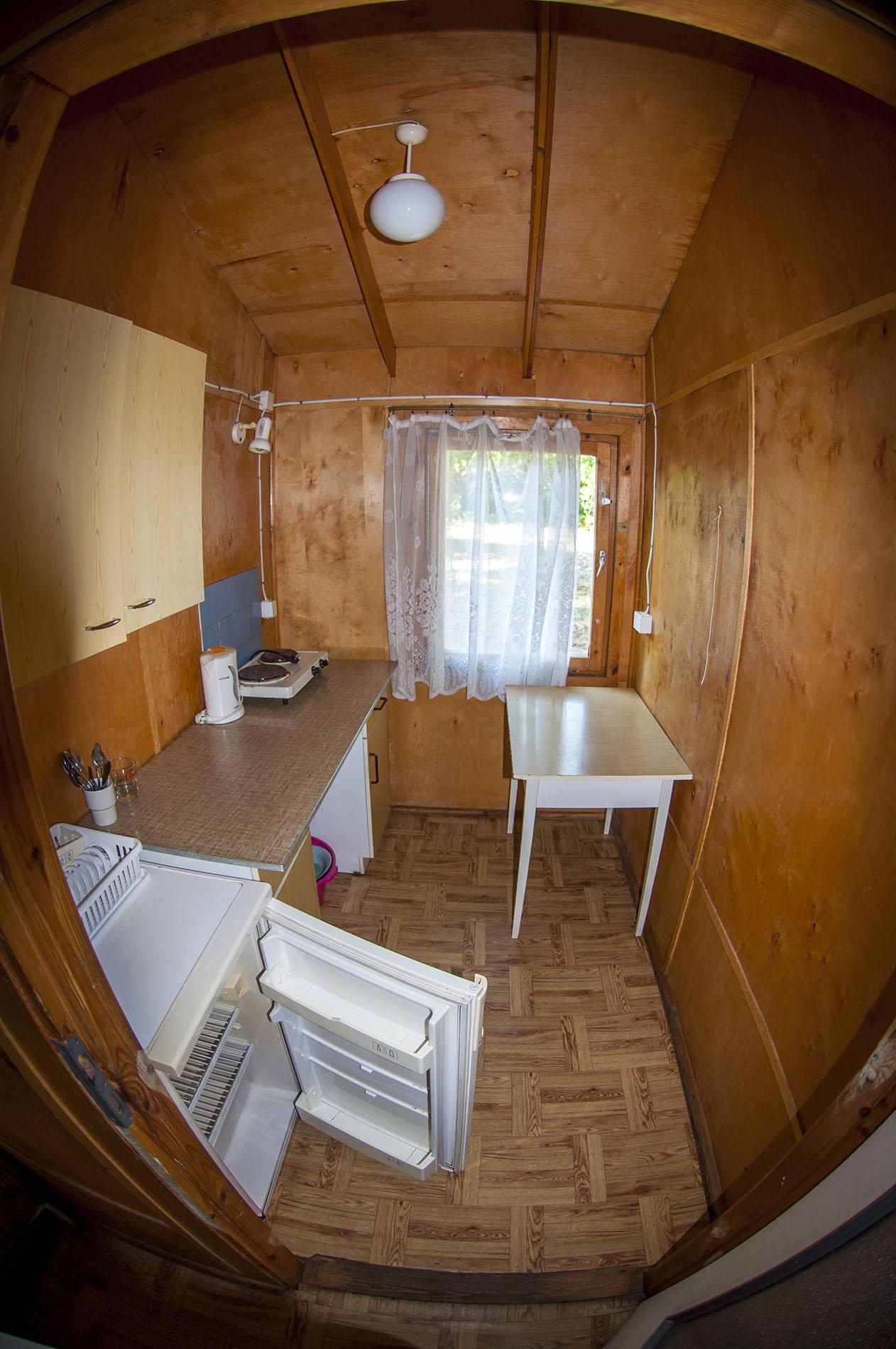 W każdym domku znajdziemy podstawowe urządzenia kuchenne.