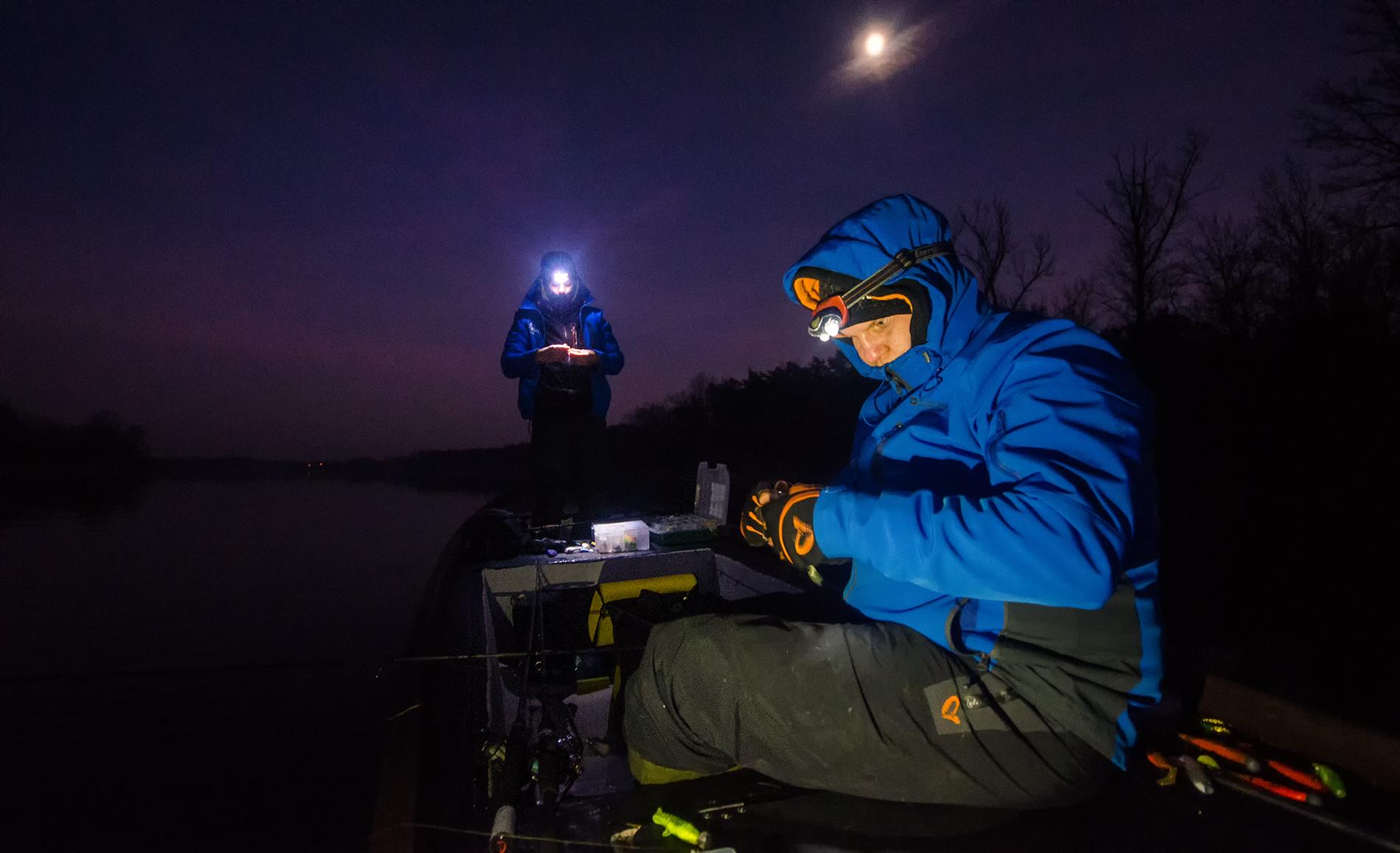 Nie ma to jak nocne TIMowe łowienie.